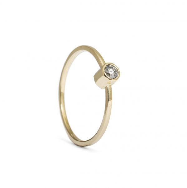 Oktagon, ring diamant